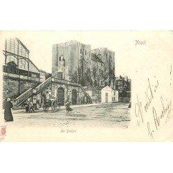 carte postale ancienne 79 NIORT. Le Donjon 1902
