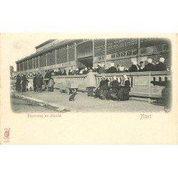 carte postale ancienne 79 NIORT. Paysannes au Marché