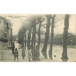 carte postale ancienne 79 NIORT. La Crue de la Sèvre de 1904. Tampon de 1907