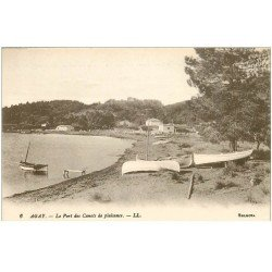 carte postale ancienne 83 AGAY. Le Port des Canots de plaisance. Barques de Pêcheurs aussi