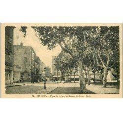 carte postale ancienne 83 HYERES. Restaurant Place de la Rade et Avenue Alphonse Denis