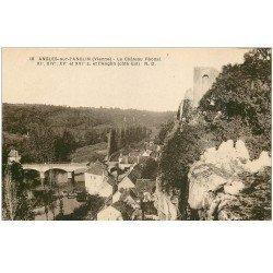 carte postale ancienne 86 ANGLES SUR L'ANGLIN. Village et Château Féodal