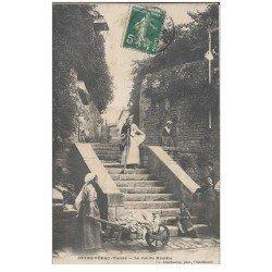 carte postale ancienne 86 COUHE VERAC. Blanchisseuses Lavandières Rue du Mystère 1909. Défaut