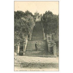 carte postale ancienne 14 HOULGATE. L'Escalier animation