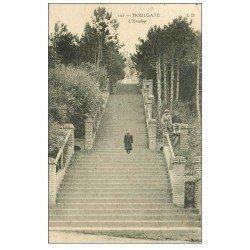 carte postale ancienne 14 HOULGATE. L'Escalier avec Gamins