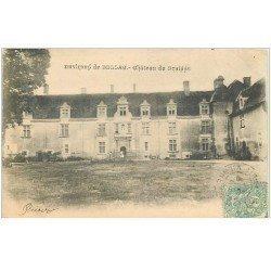 carte postale ancienne 87 BELLAC. Château du Braisse vers 1904 personnage sur le Perron
