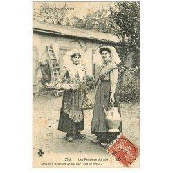 carte postale ancienne 87 LE LIMOUSIN. Paysanne en habit traditionnel 1909 avec sabots, cruche et oignons. Lou peizan de cha nou
