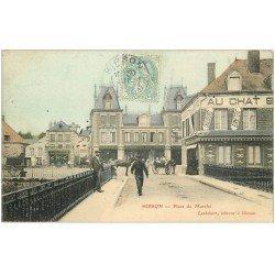 carte postale ancienne 02 HIRSON. Place du Marché vers 1903. Au Chat Botté et Rouenneries toiles