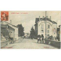 carte postale ancienne 88 ARCHES. La Grande Rue Hôtel de la Truite Renommée 1912 voiture ancienne et Chevaux