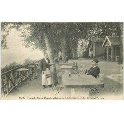 carte postale ancienne 88 LA FEUILLEE DOROTHEE. Le Val d'Ajol Grand Hôtel 1908 Chalets et Terrasse. Serveur