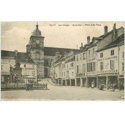 carte postale ancienne 88 SAINT DIE. Place Jules Ferry. Brasserie Coiffeur Epicerie Chausseur Confiserie...