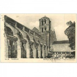 carte postale ancienne 89 VEZELAY. Basilique Tour Saint Antoine 1938