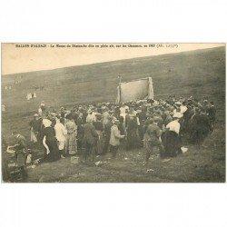 carte postale ancienne 90 BALLON D'ALSACE. Giromagny. La Messe du Dimanche sur les Chaumes. Tampon militaire 1909