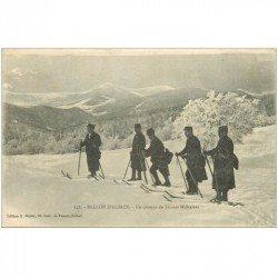 carte postale ancienne 90 BALLON D'ALSACE. Un Groupe de Skieurs Militaires 1918
