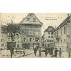 carte postale ancienne 90 DELLE. Café et Boulanger Ducrot Place de laz République 1918