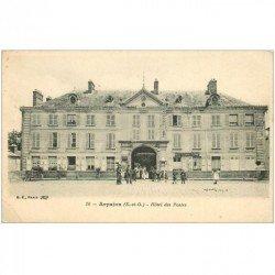 carte postale ancienne 91 ARPAJON. Hôtel des Postes Télégraphes Téléphones (coin gauché cassé)