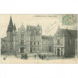 carte postale ancienne 91 ETAMPES. Hôtel de Ville 1908 et Nettoyeur de rues