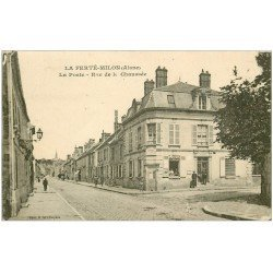 carte postale ancienne 02 LA FERTE-MILON. La Poste Rue de la Chaussée 1923