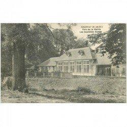 carte postale ancienne 93 GOURNAY SUR MARNE. Les nouvelles Ecoles au Parc de la Mairie