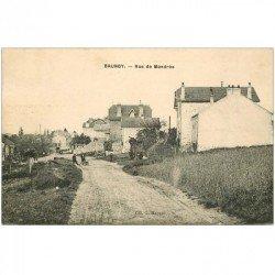 carte postale ancienne K. 91 BRUNOY. Animation Rue de Mandés 1923. Timbre manquant verso