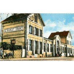 93 LE BOURGET DRANCY. La Gare et Femme avec poussette. Carte postale semi-moderne