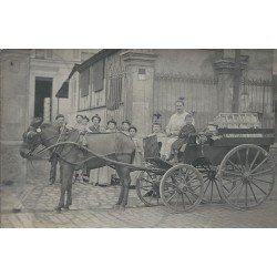93 BAGNOLET. Rare Attelage de livraisons des biscuits gaufrettes Antoine1908. Superbe Photo Carte Postale