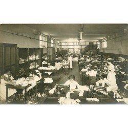 45 ORLEANS. Atelier de Couture Lesage Grosnier. Couturières sur machines à coudre Singer et Wilson. Photo Carte Postale