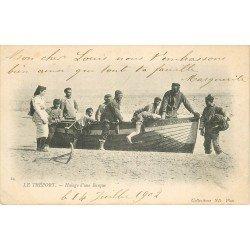 76 LE TREPORT. Halage d'une barque par des Pêcheurs. Métiers de la Mer 1902