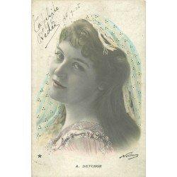 Spectacle et Théâtre. La Comédienne Detchon 1905 par Nadar