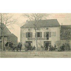 81 LACABANE DE TANUS. Attelage devant l'Hôtel Riboulet Café Boucherie Epicerie Mercerie 1904
