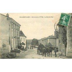 88 VALLEROY LE SEC. Attelage de fumier sur Grande Rue 1908