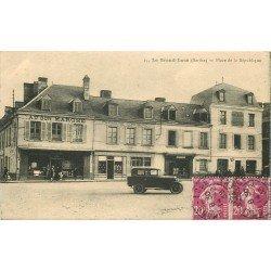 72 LE GRAND LUCE. Place de la République 1935 voiture ancienne devant la Pâtisserie et Au Bon Marché