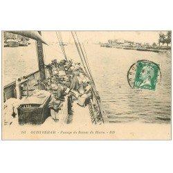 carte postale ancienne 14 OUISTREHAM. Passage du Bateau du Havre 1921