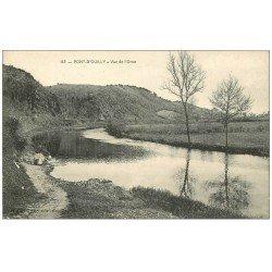 carte postale ancienne 14 PONT-D'OUILLY. Lavandière bord de l'orne