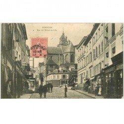 carte postale ancienne 95 PONTOISE. La Rue de l'Hôtel de Ville 1906