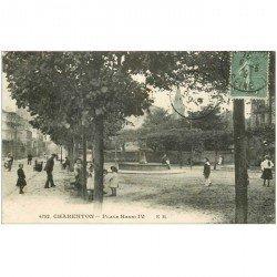 carte postale ancienne 94 CHARENTON LE PONT. Place Henri IV en 1919