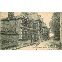 carte postale ancienne 94 BOISSY SAINT LEGER. Rue de l'Eglise