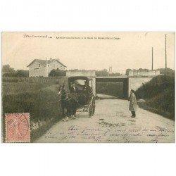 carte postale ancienne 94 BOISSY SAINT LEGER. Attelage Avenue de la Gare 1903