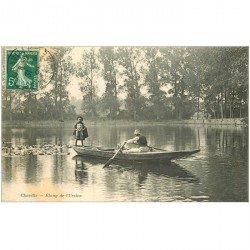 carte postale ancienne 92 CHAVILLE. Rameur en barque sur Etang de l'Ursine 1909
