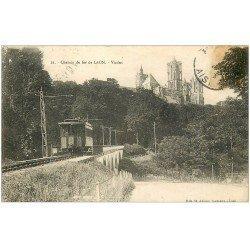 carte postale ancienne 02 LAON. Train Tramway Viaduc du Chemin de Fer (timbre manquant)...