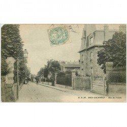 carte postale ancienne 92 BECON LES BRUYERES. Rue de l'Aube 1906. Grand pli coin droit