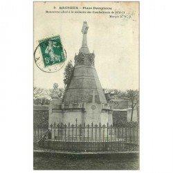 carte postale ancienne 92 BAGNEUX. Place Dampierre. Monument des Combattants 1909