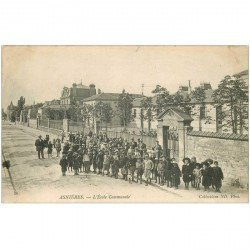 carte postale ancienne 92 ASNIERES SUR SEINE. Ecole Communales avec nombreux Ecoliers 1904