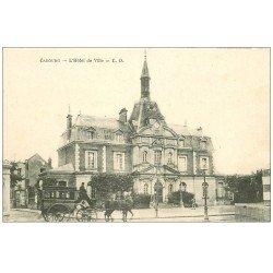 carte postale ancienne CABOURG 14. Carosse devant Hôtel de Ville