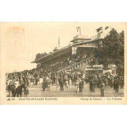 carte postale ancienne 14 DEAUVILLE. Hippodrome. Les Courses et les Tribunes 1938. Chevaux et Jockeys. Timbre manquant