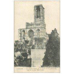 carte postale ancienne 02 SOISSONS. Cathédrale. Vue de la Rue Saint-Godin 1917