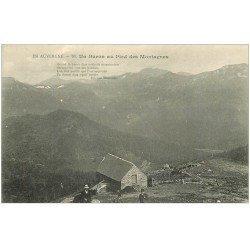carte postale ancienne 15 AUVERGNE. Un Buron au Pied des Montagnes. Fabrication du Fromage et Beurre