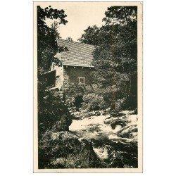 carte postale ancienne 15 CHAMPS-SUR-TARENTAINE. Le Vieux Moulin. Carte Photo 1949