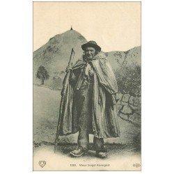 carte postale ancienne 63 AUVERGNE. Vieux Berger Auvergnat