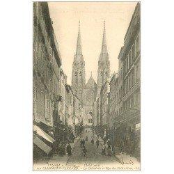 carte postale ancienne 63 CLERMONT-FERRAND. Cathédrale Rue des Petits-Gras vers 1900